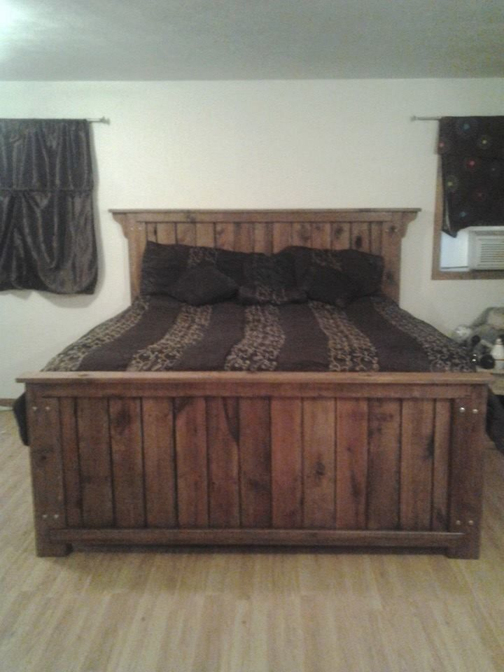 Our King Size Bed Made Out Of All Reclaimed Decking Boards 86 Long X 80 Wide Head Boar Pallet Furniture Bedroom King Size Bed Frame Diy King Size Bed Frame