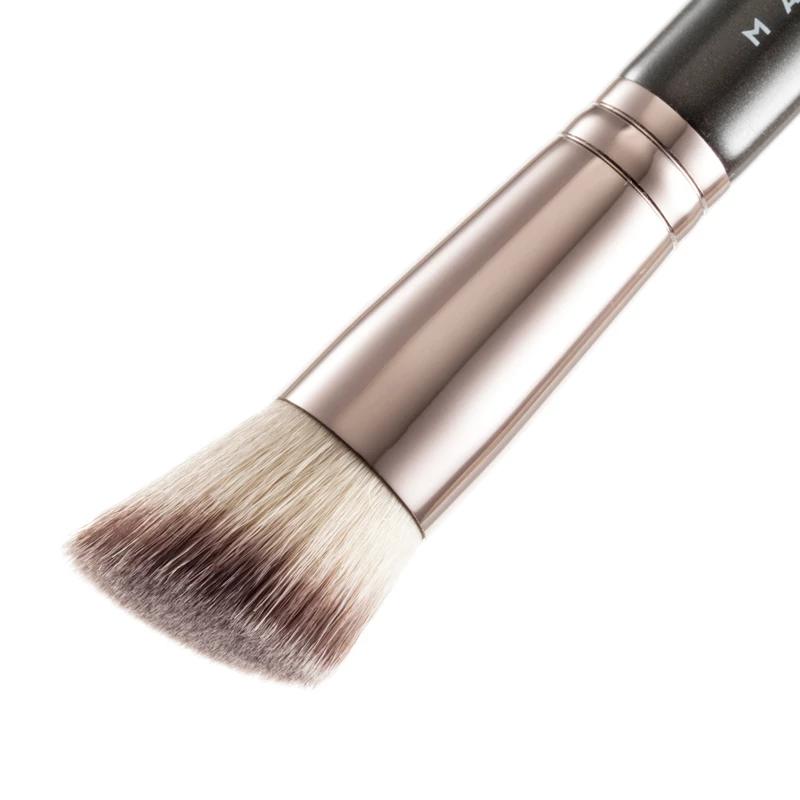Angled Stippling Brush Makeup geek, Stippling brush