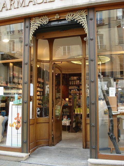 Pharmacie Du Ginkgo 1915 38 Rue Des Dominicains Nancy 54 Diy Front Porch Pharmacy Design Shop Fronts