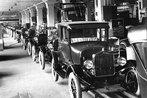 Image result for ford assembly line in 1913