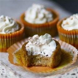 Pumpkin Pie Cupcakes. The gooey, custardy center of pumpkin pie in a individual sized cake!