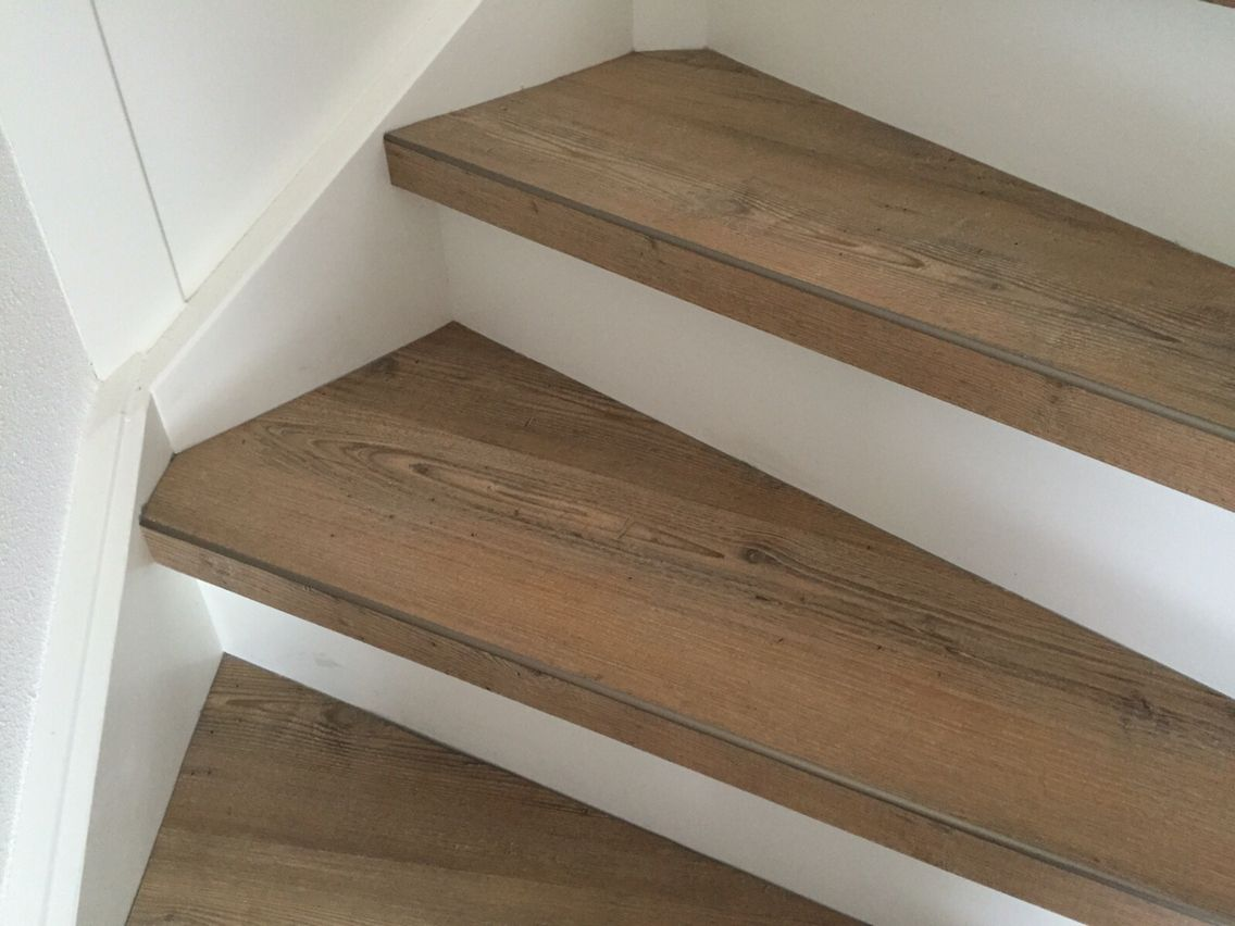 Pvc trap bekleding de geus tapijt interieur pinterest stairways stair treads and house - Redo houten trap ...