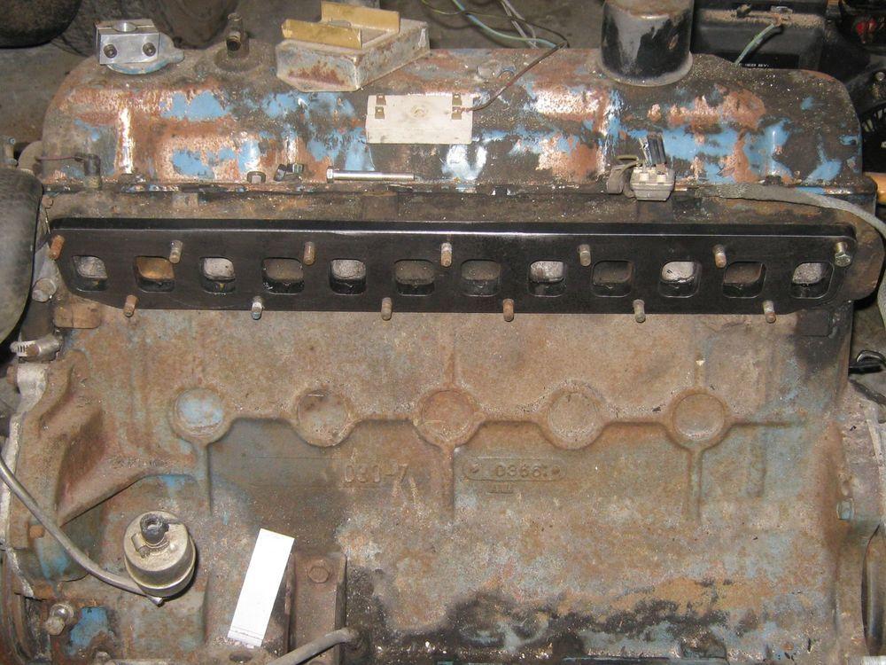 Slant 6 Six Dodge Mopar 225 Intake Exhaust Manifold TURBO