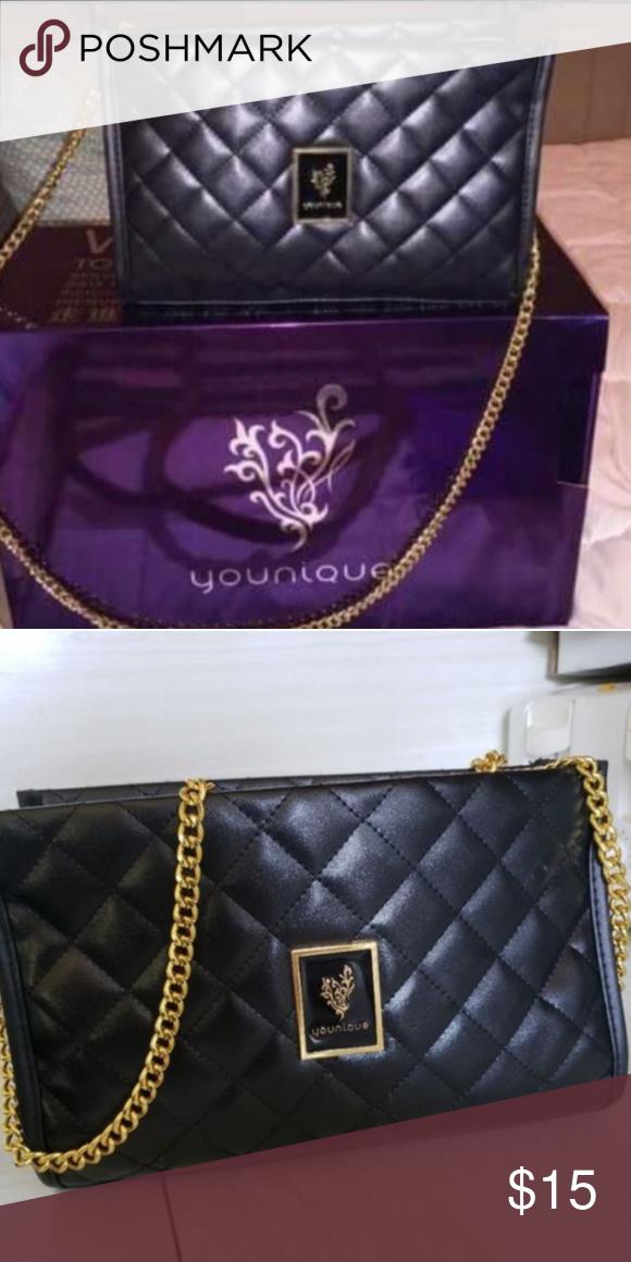 Younique shoulder bag/makeup bag New beautiful Younique