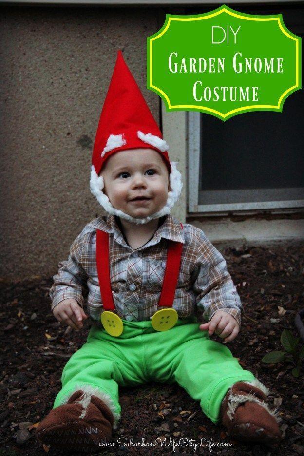 Garden Gnome Costume | Suburban Wife, City Life #gnomecostume Garden Gnome Costume