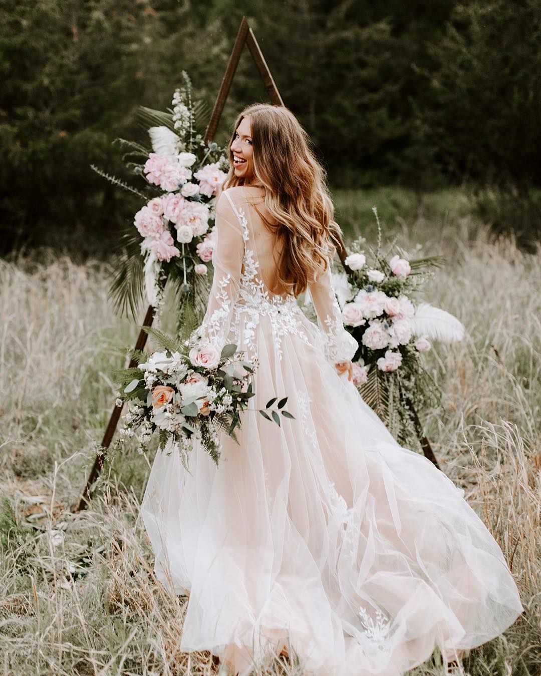 Pin By A M Y On Save The Date Summer Wedding Dress Outdoor Cute Wedding Dress Feminine Wedding [ 1350 x 1080 Pixel ]