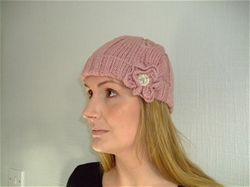 KITC flower beanie hand knitted in the UK