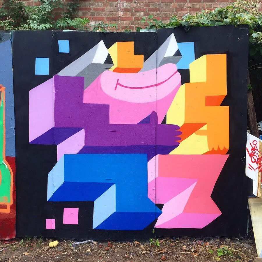 Shapes by @henry_boon_ #globalstreetart #uk #shapes http://globalstreetart.com/get-0ne