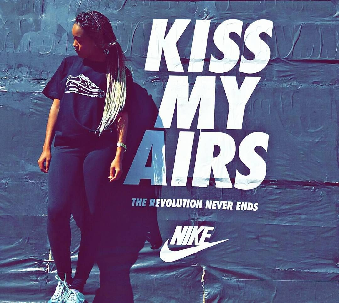 K I S S M Y A I R S ���� #kissmyairs #airmaxday #nike #gear #sport #swag #fitness #ootd #fashion #hair #sneakers #girl #blackgirl #love #goals #black #braids #fit #style #body #photography #fitnessjourney #work #outdoors #streetstyle #streetfashion http://www.butimag.com/fashion/post/1479606118857908521_895199508/?code=BSIne0CBSEp