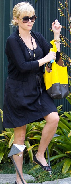 Who made Reese Witherspoon's black dress? Dress – Rebecca Taylor  Purse – Celine