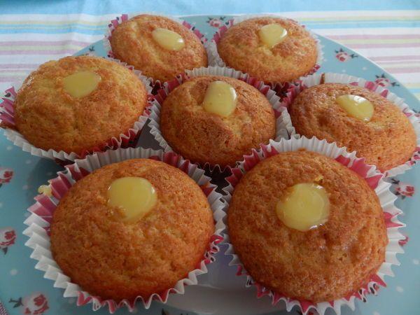 Madalenas com Framboesa e Lemon Curd