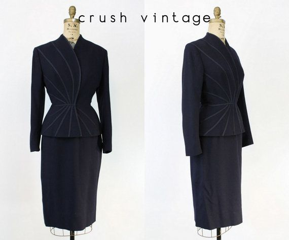50s 60s Lilli Ann Suit Small / 1960s Wool Crepe by CrushVintage