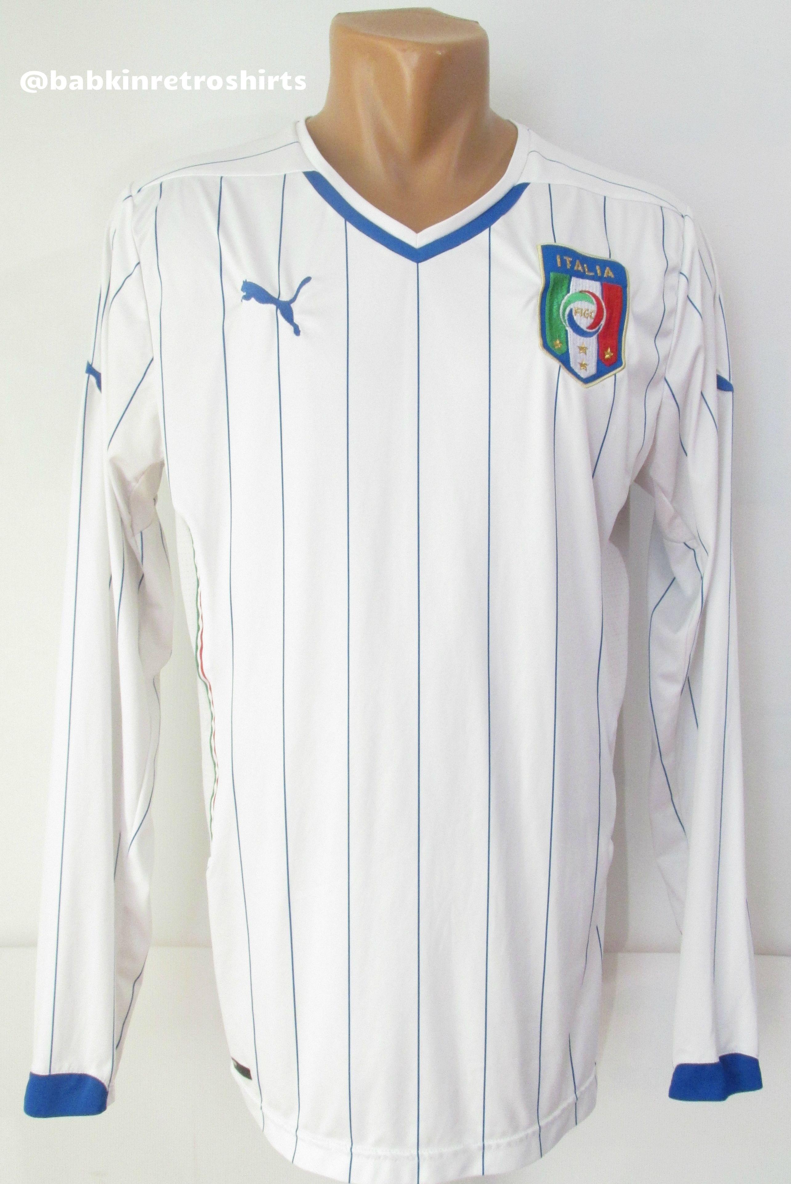 Italy 2014 2015 Away Football Shirt By Puma Calcio Soccer Maglia Squadraazzurra Soccer Jersey Italy Italia Squa Soccer Shirts Football Shirts Soccer Jersey