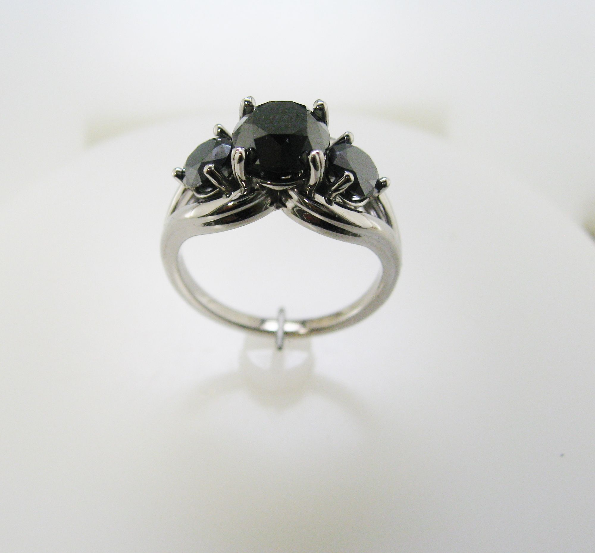 14KW ladies custom ring mounting for customers 3 black diamonds