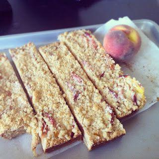 peach custard crumble bars.