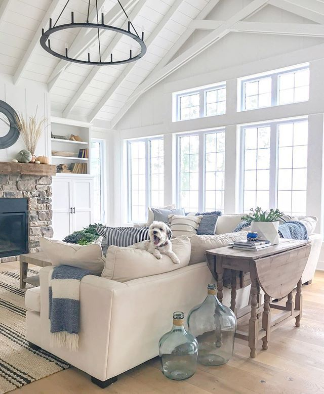lake house paint colors home living room home house styles on lake cottage interior paint colors id=66125