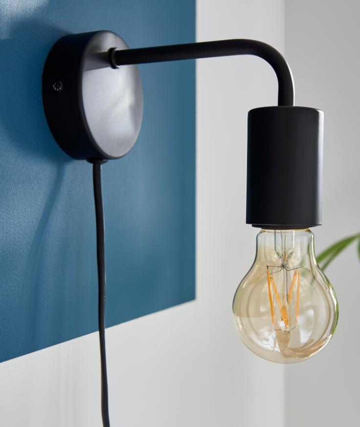 Les Ampoules A Filament La Grande Tendance Pour Un Esprit Industriel Et Vintage Castorama Inspiration Decoration Ideed Luminaire Chevet Mural Castorama