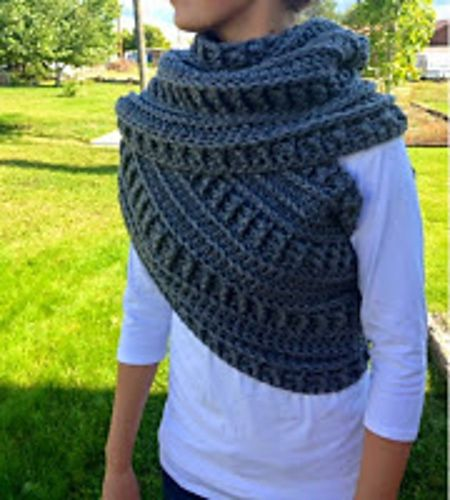 Ravelry: Katniss Cowl pattern by Kahi Dahle | Hunger Games Knit and ...