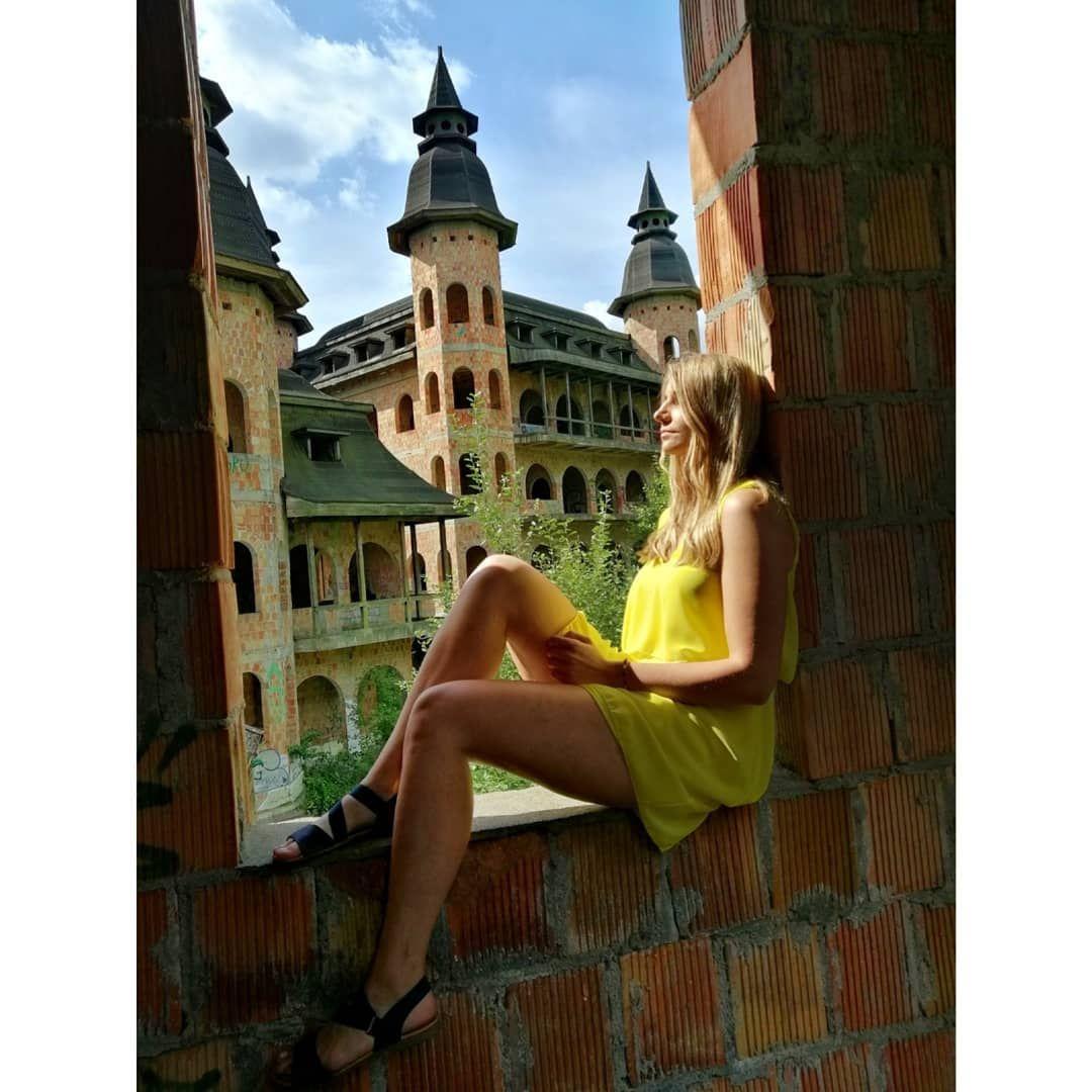 #��apalice #castle #urbex #urbexpoland #adventure #exploration #yellow #dress #blonde #girl #polishgirl #instagood #photooftheday