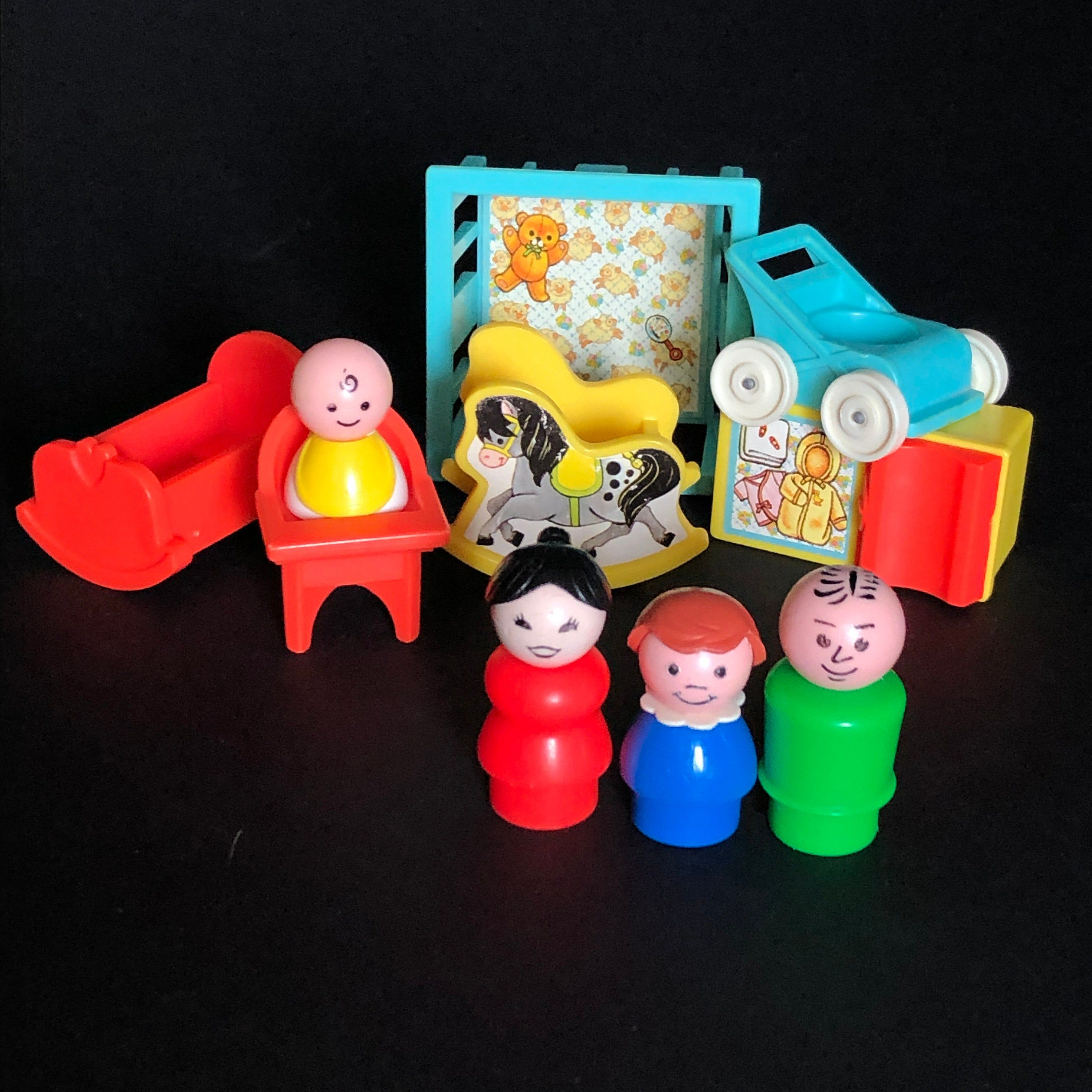 Vintage Fisher Price Little People Play Family Nursery #761