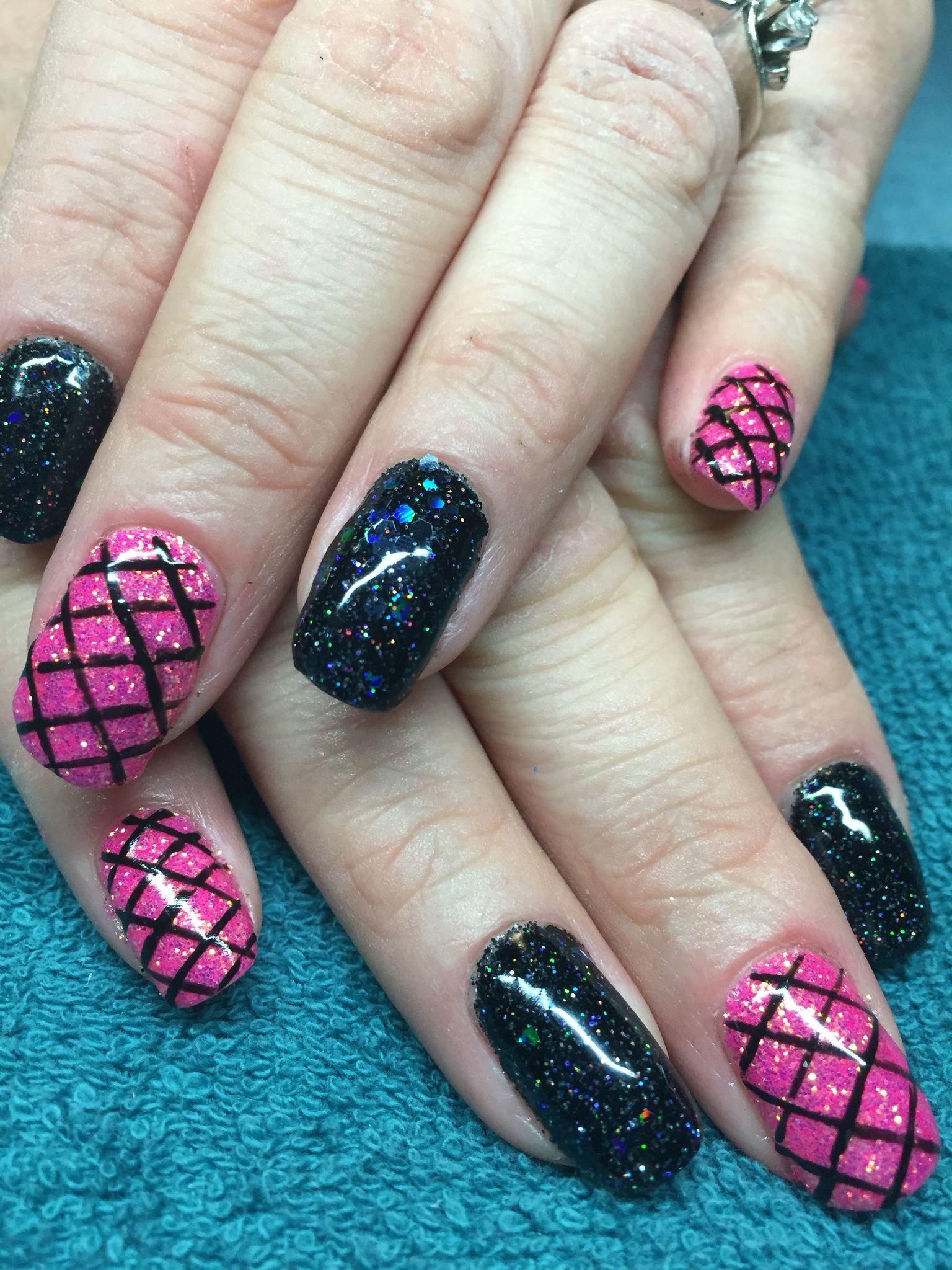 Hot pink and black #nails #nail art