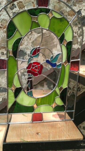 Hummingbird and rose. CROCA - México.