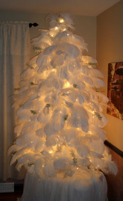 this ostrich feather christmas tree is extreme holiday white - White Feather Christmas Tree