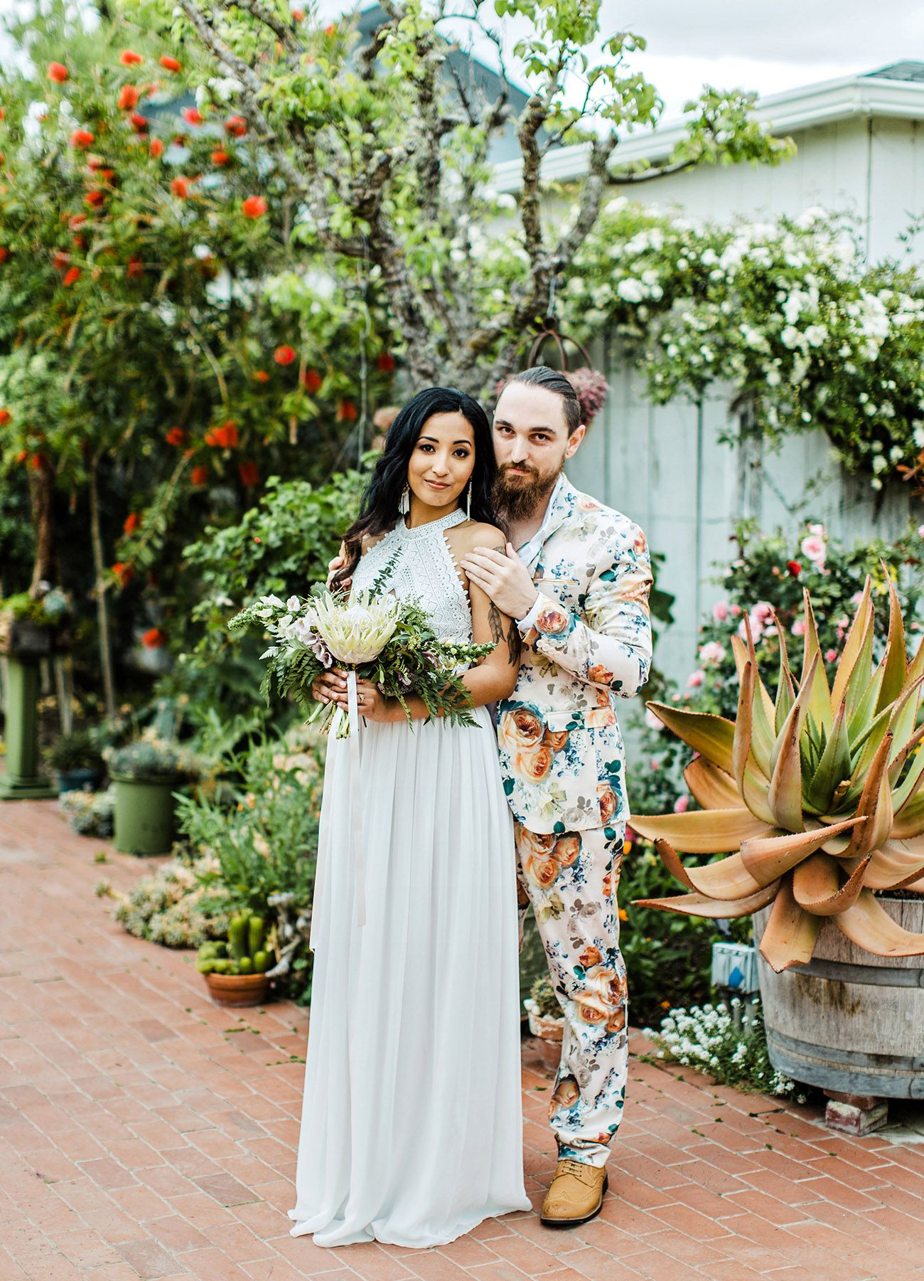 On Trend Grooms Rocking Fl Suits Find Your Fave Green Wedding Shoes Stylish Groom Suit And Tux Options For The Fashionable Hipster