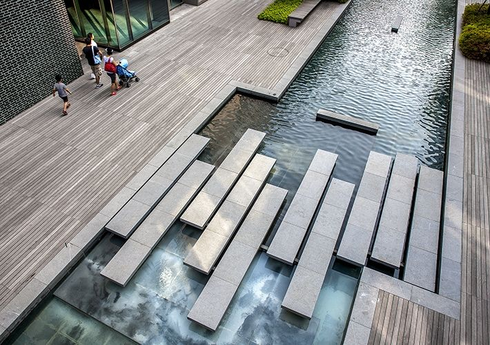 Kohn pedersen fox associates projects songdo canal walk for Modern landscape architecture
