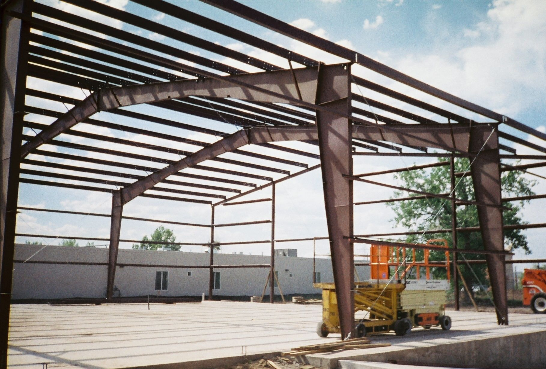 Metal Building Frame steelbuildings steelbuildingkits