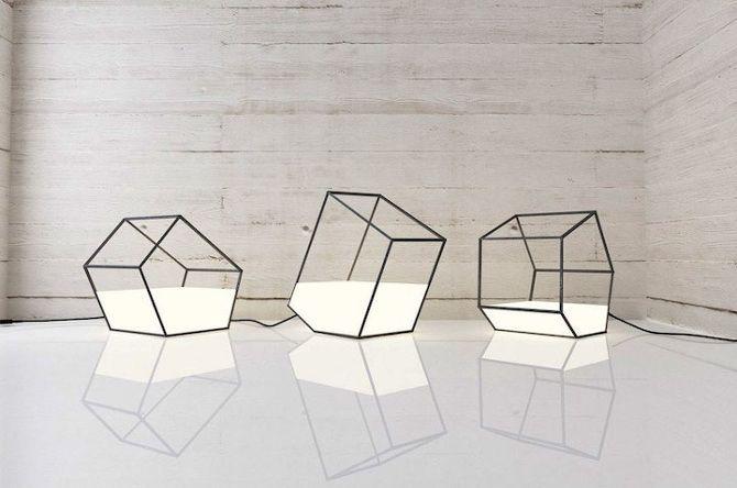 Design living light la luce sembra liquido osso for Imitazioni lampade design