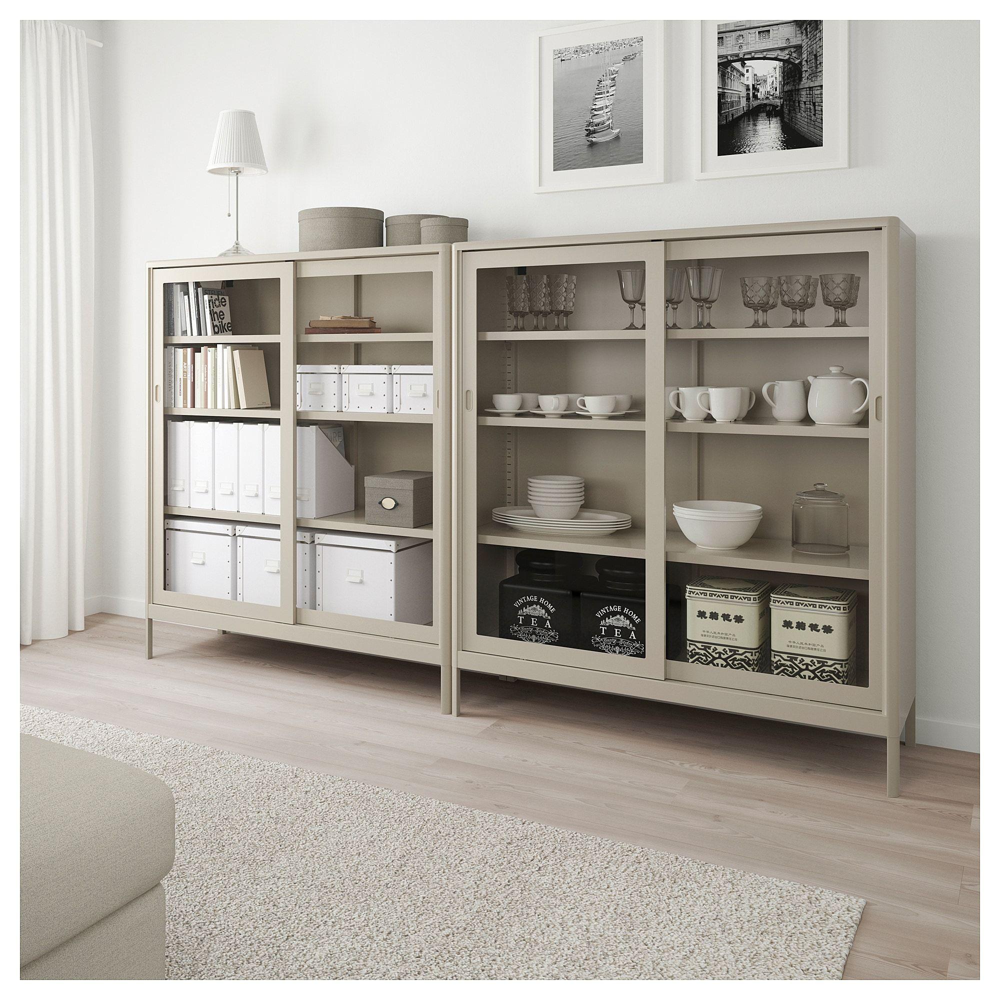 Idasen Vitrine Mit Schiebeturen Beige Ikea Deutschland Dining Room Storage Glass Cabinet Doors Home