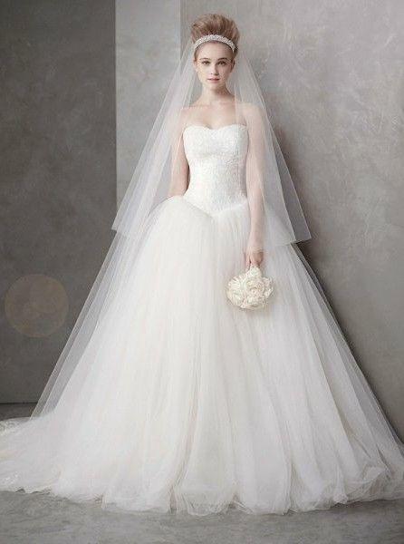 94136f004c5f Vera Wang ball gown wedding dress | mywedding | Wedding dresses ...