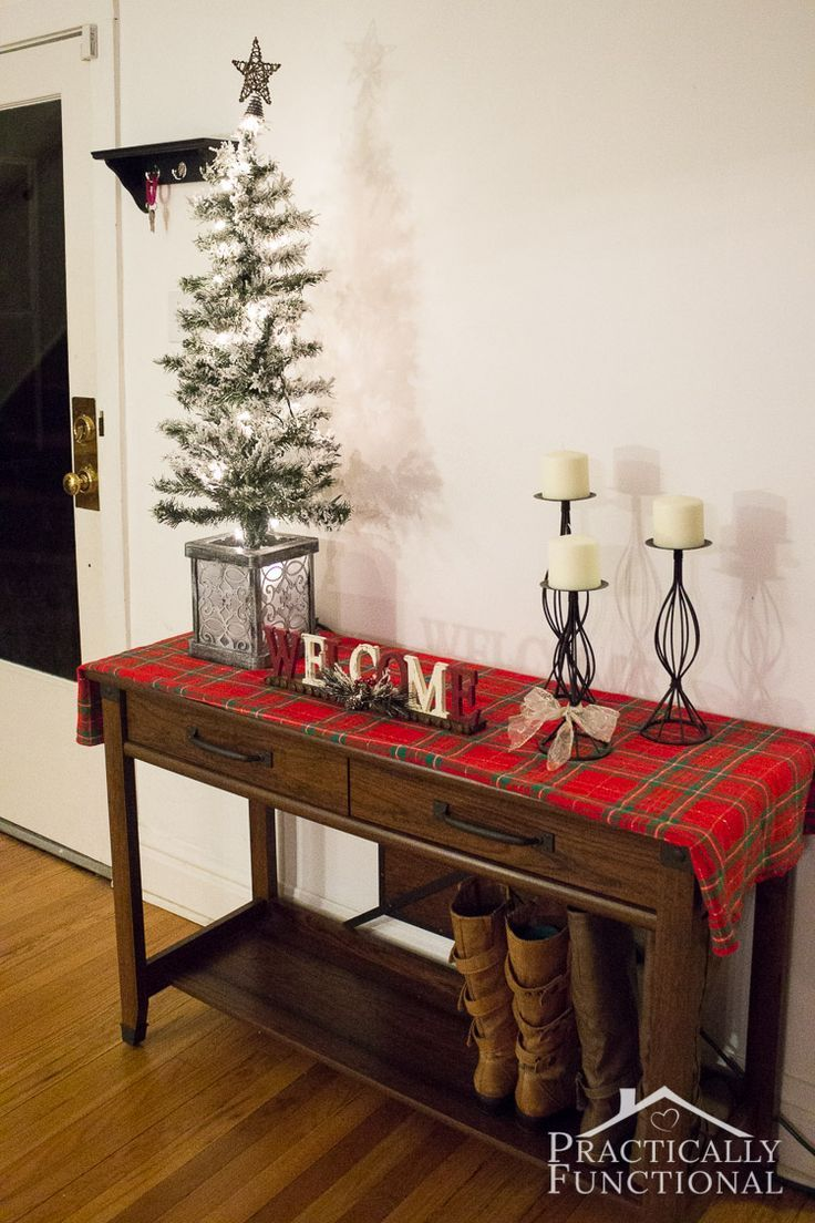 Make your home welcoming and festive with this simple Christmas entryway decor idea!
