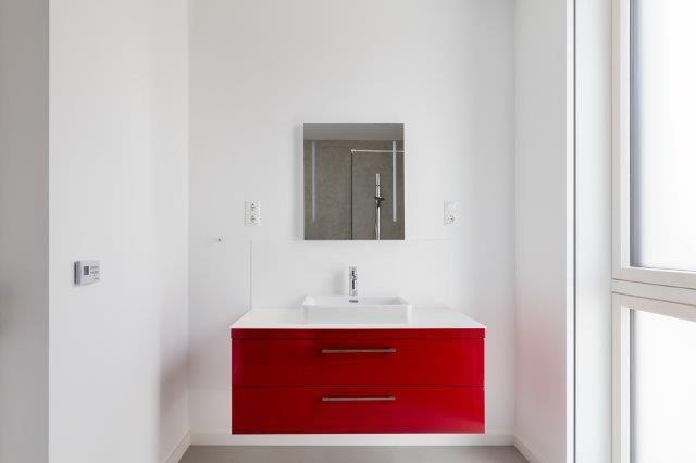 Microtopping Bagno ~ Microtopping fa da sfondo ad un moderno bagno in stile nordico