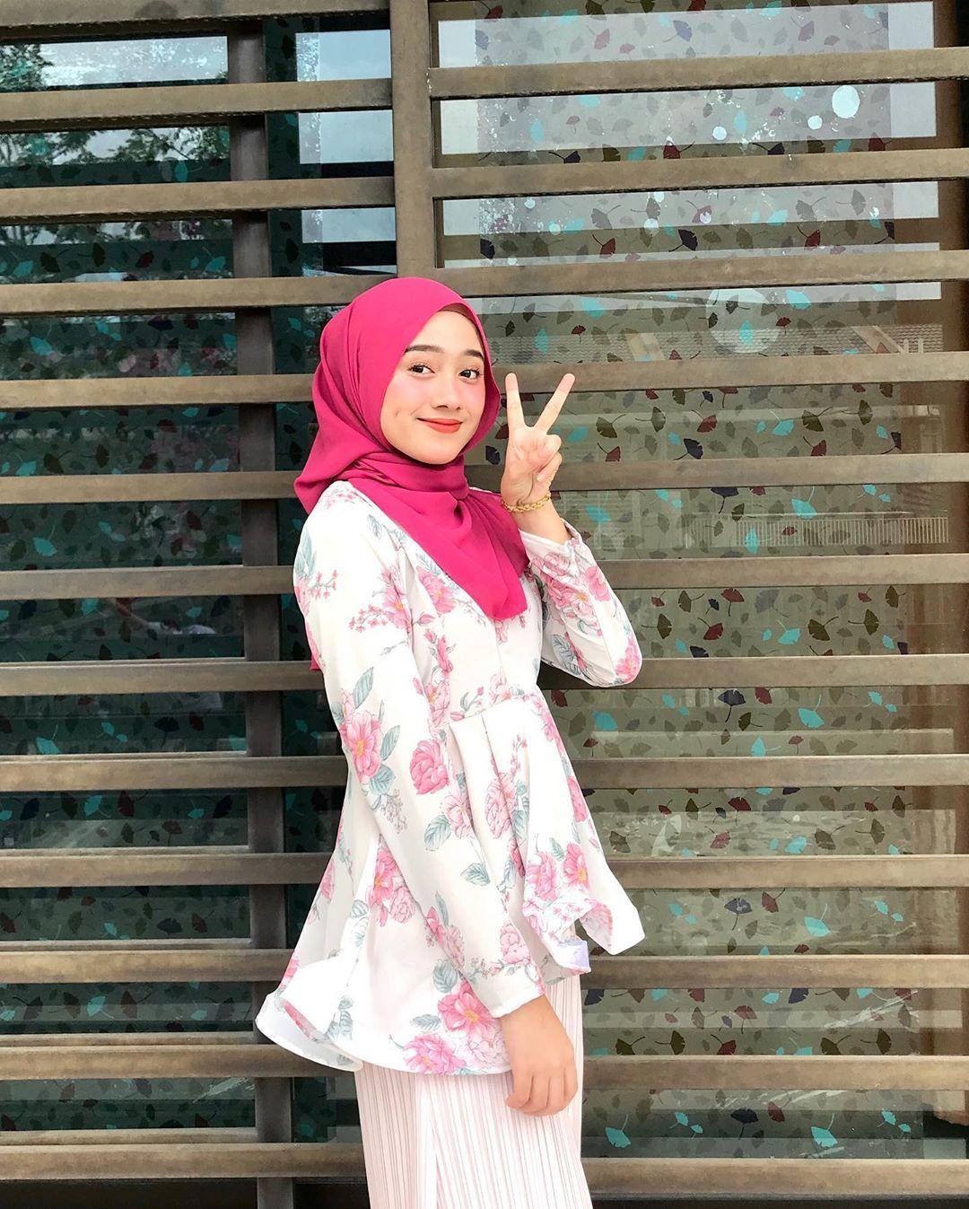 Warna Pastel Baju