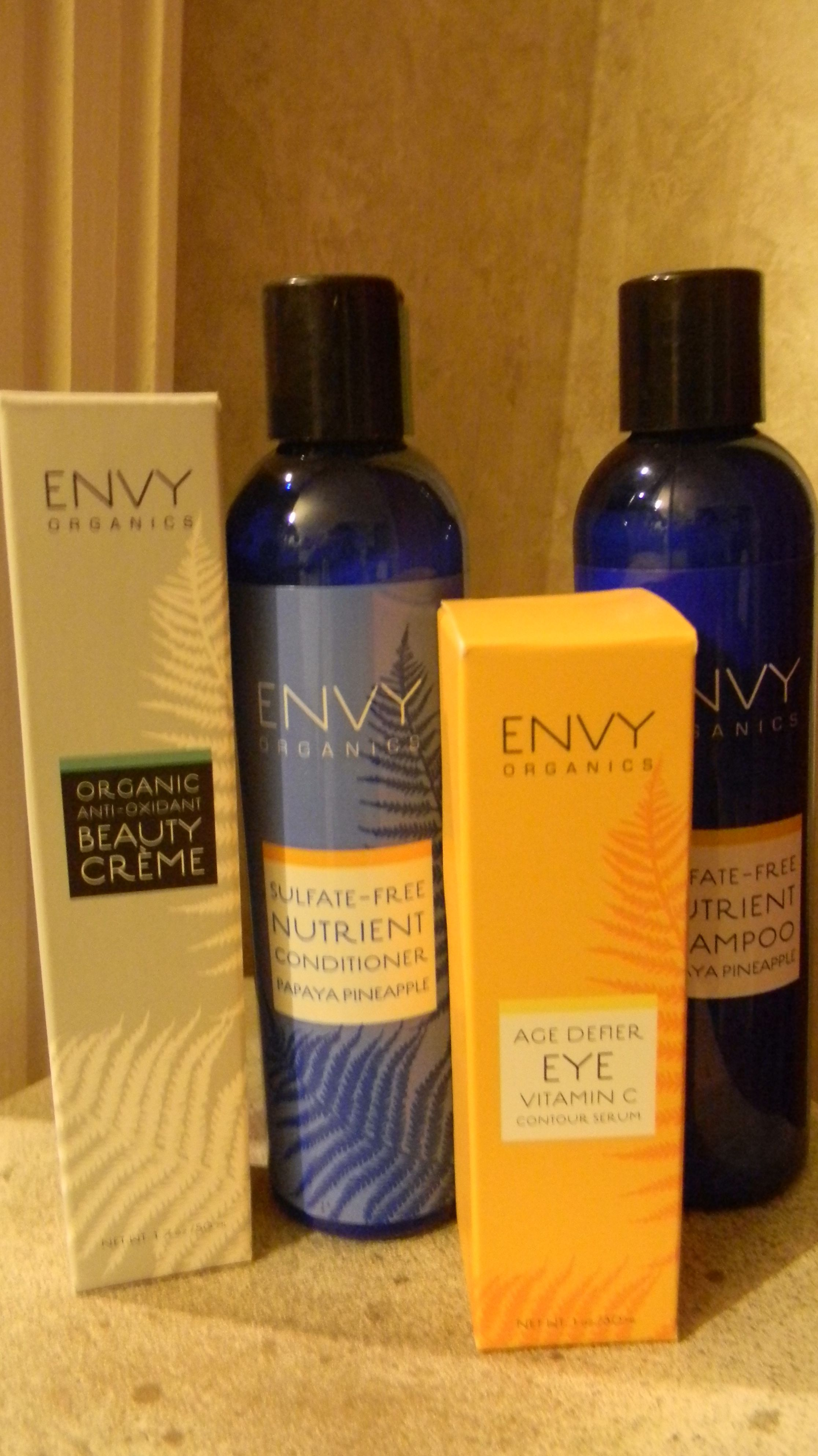 Envy Organic Products/Healthy for my skin and hair (With