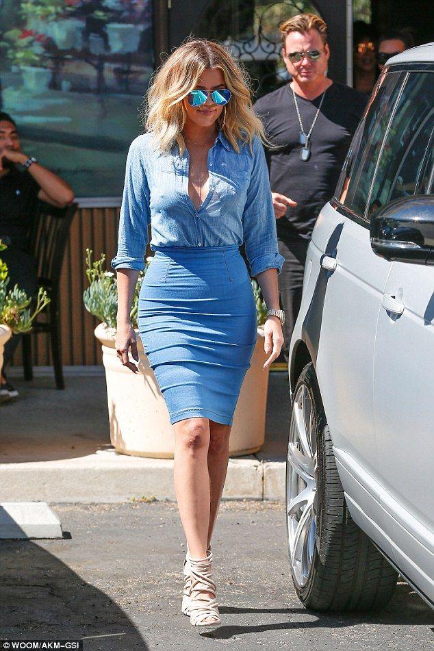Blue dress kim kardashian vacation