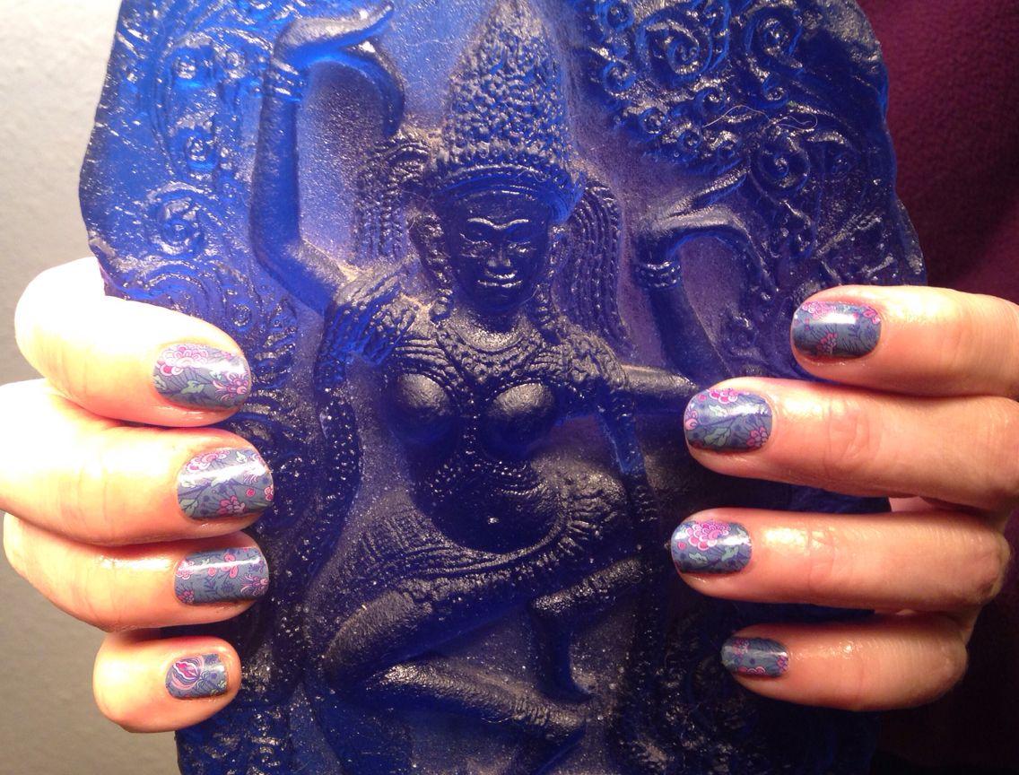 Getting my nails did all Japanesey #koipondjn #thaidancer