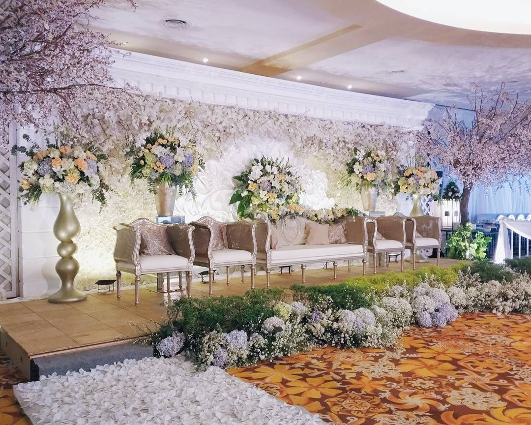 See this instagram photo by sentrabunga 37 likes decor by jakarta wedding decor see this instagram photo by sentrabunga 37 likes junglespirit Gallery