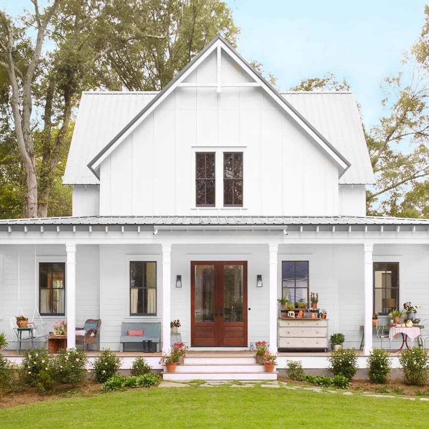 Step Inside One Of The Prettiest Country Farmhouses Weve Ever Seen Modern Farmhouse