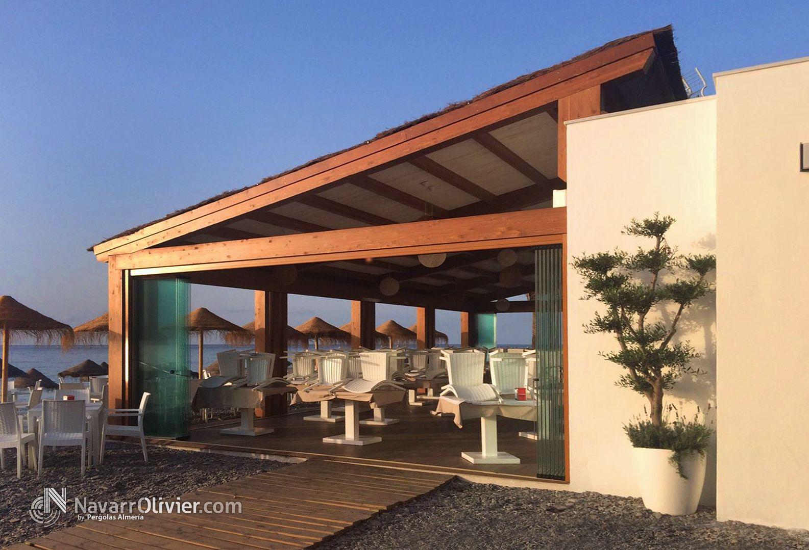 P rgola en madera para exterior para terraza de for Terraza madera exterior