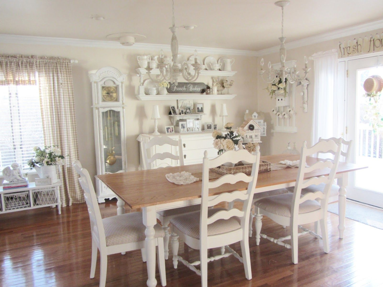 Coastal Kitchen Dining Tables | Luxurious White Cottage Dining Room Ideas  With Long Wooden Dining .