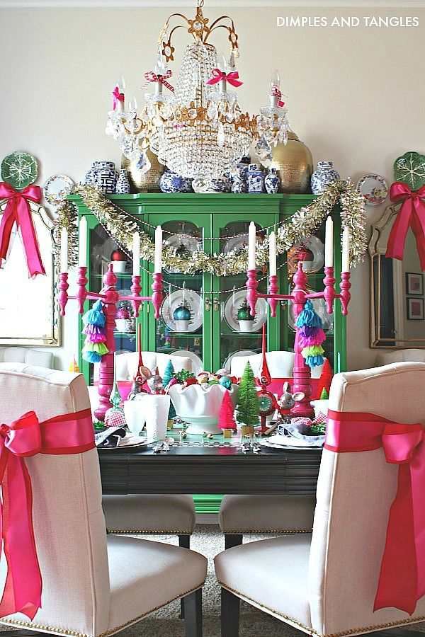 2018 CHRISTMAS HOME TOUR DINING ROOM AND KITCHEN