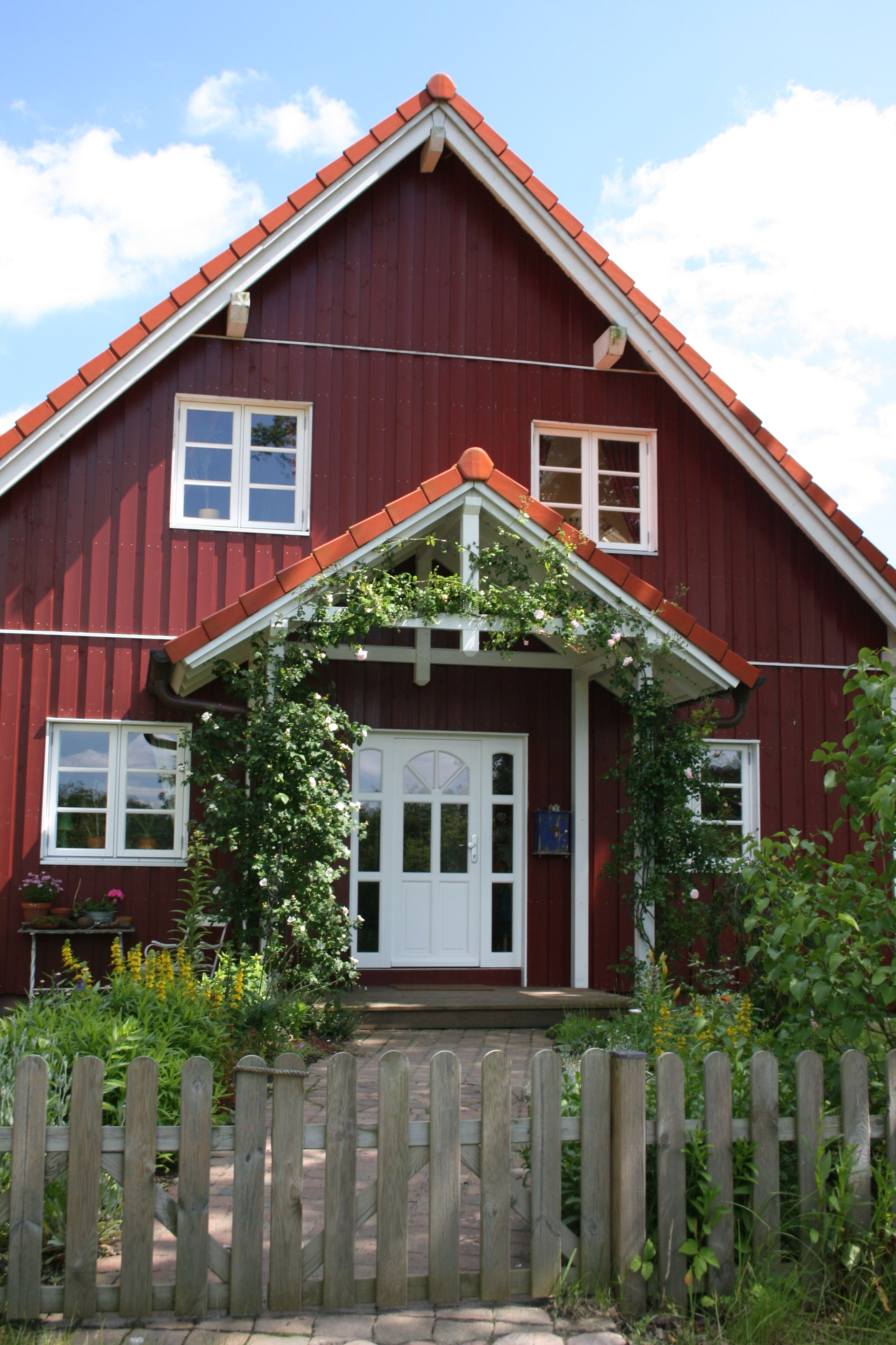 Schwedenfassade home in 2019 haus schwedisches haus - Skandinavisches gartenhaus ...