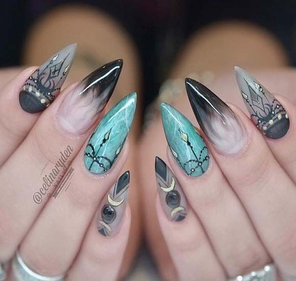 Stylish Matte Stilettos Nails Art
