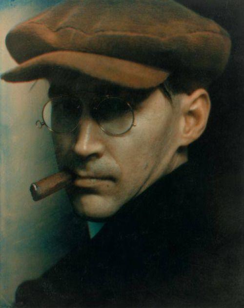 Bertolt Brecht by Edward Steichen | Storia della fotografia ...
