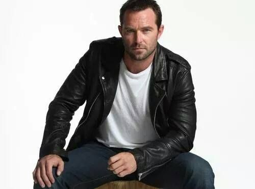 sullivan stapleton tattoo meaning