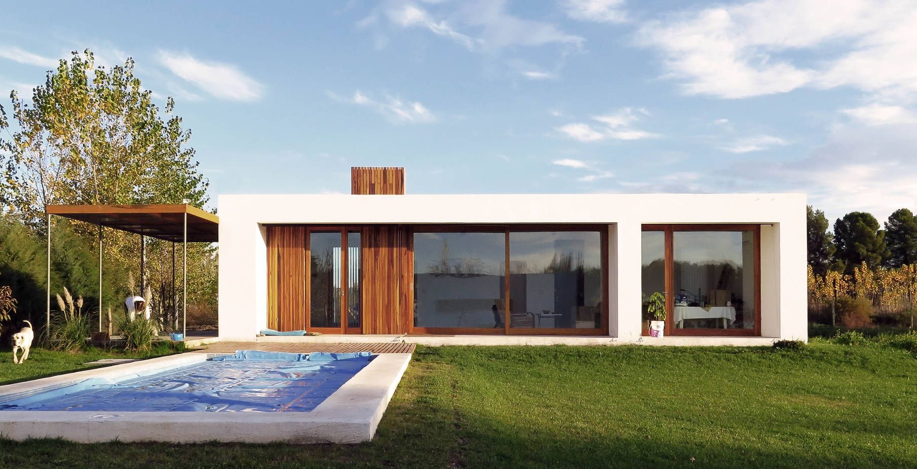 casa zaneijo framarquitectos stuco material white color