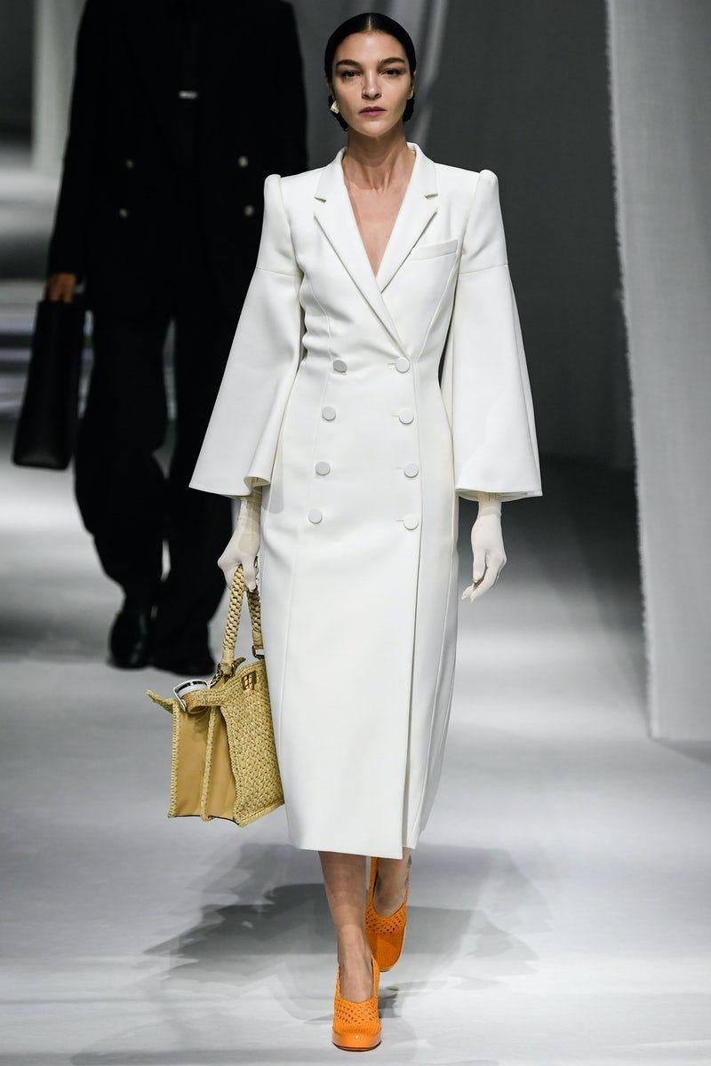 Fendi  Ready-to-Wear - Spring 6  Look 6  Fashion design